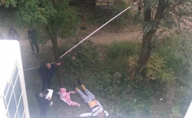 Выбросившийся с детьми из окна саратовец сделал селфи перед падением